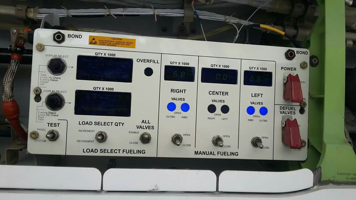 fuel panel of Boeing 787-900