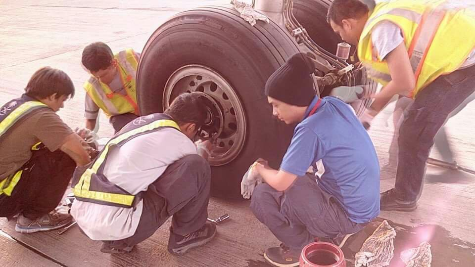 remove & replace main landing gear tires of airbus 320