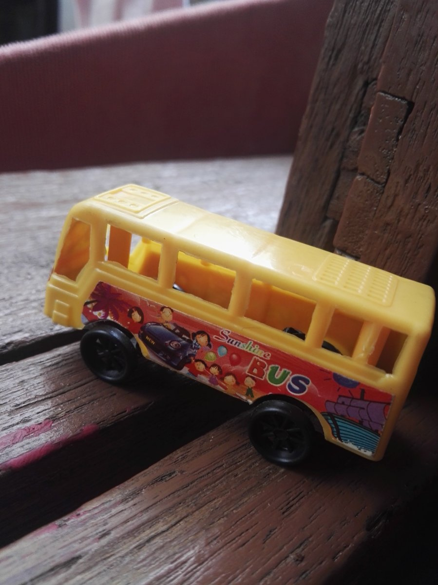 Toy,bus