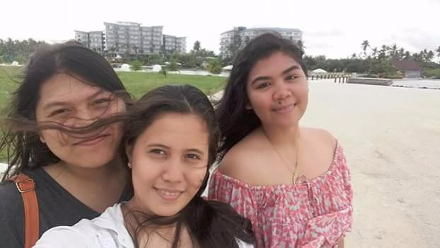 Friends, travel, resort life, selfie