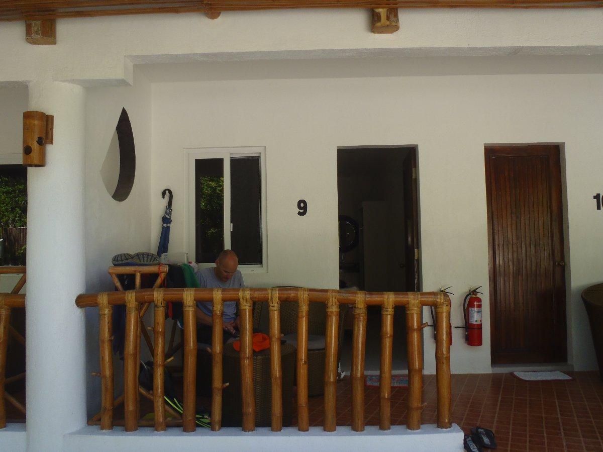 Stay in this nice resort in Malapascua Island