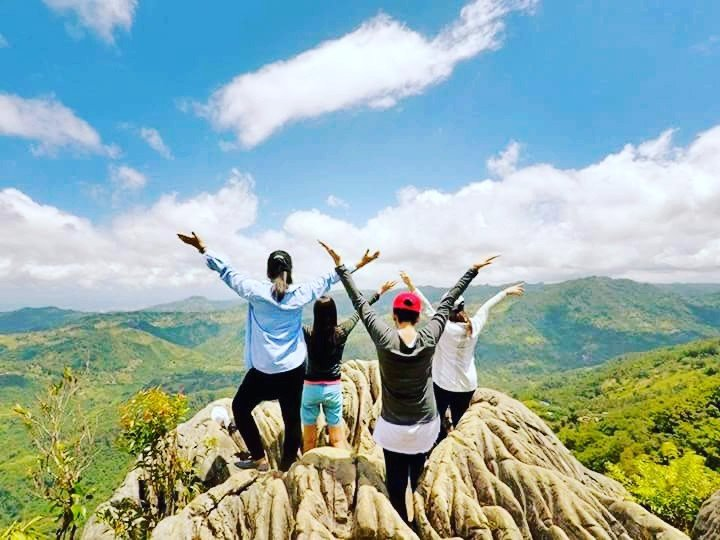Hiking with the squad, mountain top, girlfriends
